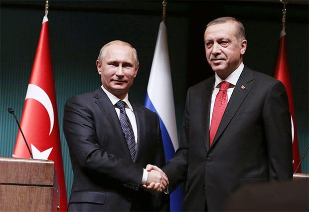 Erdogana-spasili-Rusi!-Moskva-javila-Ankari-da-se-sprema-puč-nekoliko-sati-pre-vojnog-prevrata!-fb