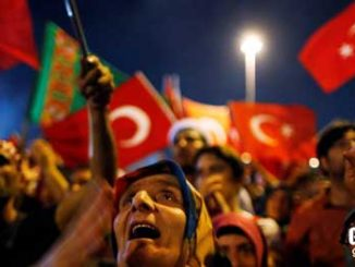 TURSKA UZIVO - PONOVO NEREDI U CELOJ TURSKOJ - Vojnici pucaju na policiju u Ankari, pucnjava i na aerodromu u Antaliji