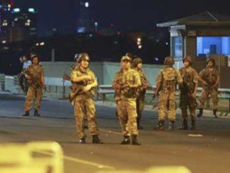 VOJNI-UDAR-U-TURSKOJ-UZIVO-VOJSKA-PREUZELA-VLAST-U-TURSKOJ-ERDOGAN-NESTAO-Hunta-preuzela-drzavu-policija-nemocna-2016