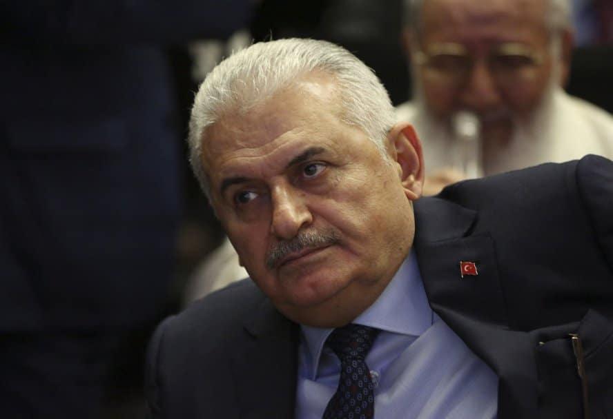 binali-jildirim-premijer-turske-foto-ap-12052016-1463657741-909947