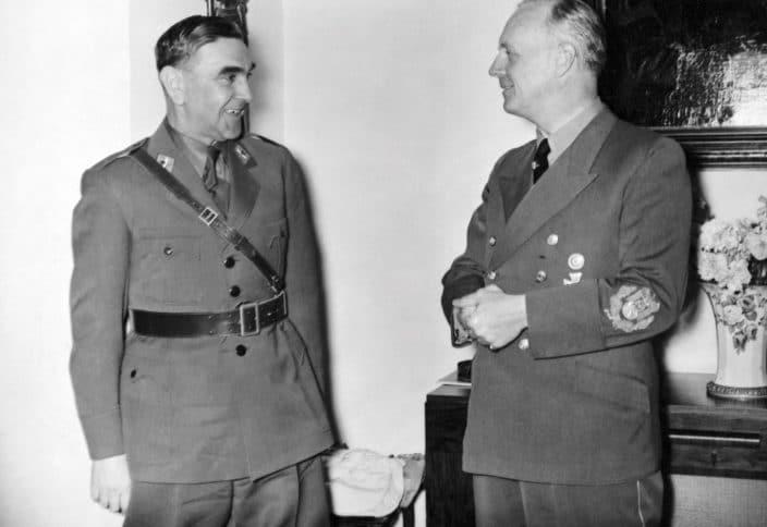 9. Pavelić nije cijenio samo rad Heinricha Himmlera. Družio se i s nacističkim ministrom von Ribbentropom.