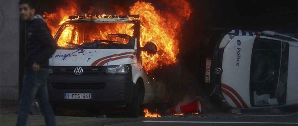 """VATRENE ULICE - Nakon Francuske gori i Brisel - """"Žuti prsluci"""" jurišaju i u Belgiji (Photo, Video) - snimci sa lica mesta"""