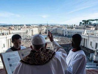Sodoma, istraga u središtu Vatikana - Vatikan i homoseksualnost. Vatikan je homoseksualiziran, cijela institucija je izgrađena na laži, dvostrukom životu, shizofreniji, licemjerju...': nakon četiri godine istraživanja francuski novinar izdaje knjigu o Svetoj Stolici