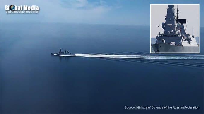 British destroyer Defender violates Russia's border
